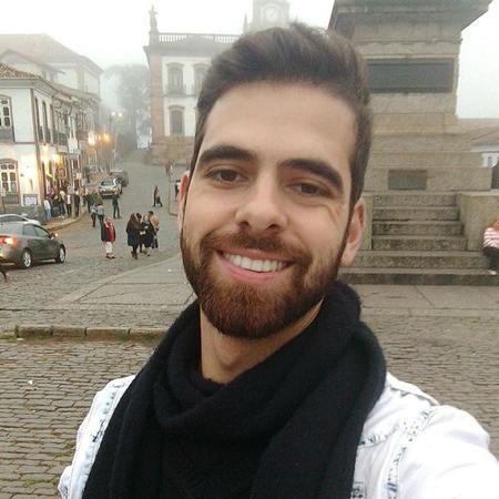 Lucas Resende - 2016/1
